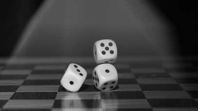 Uzależnienie od hazardu – czym jest i jak się przejawia?